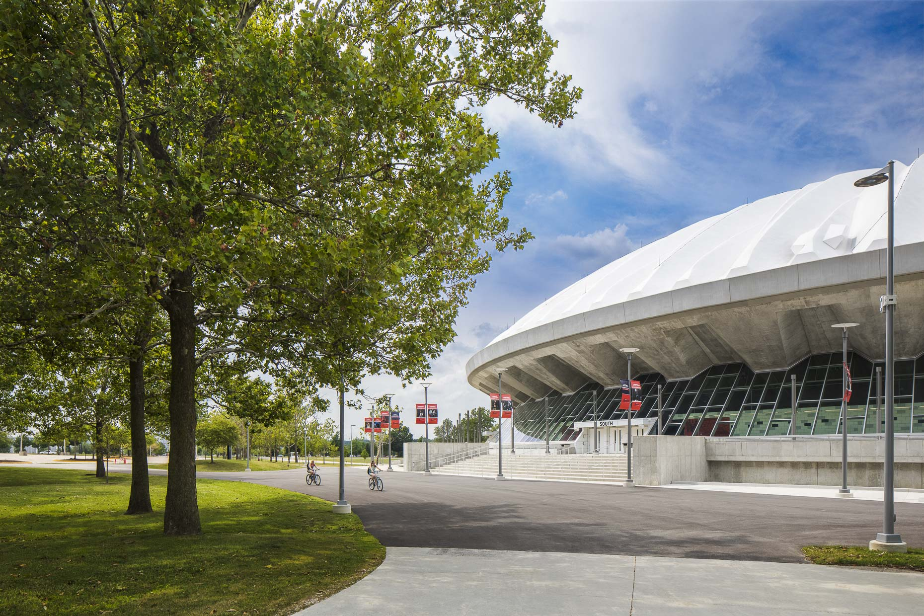 University of Illinois State Farm Center by AECOM photographed by Brad Feinknopf based in Columbus, Ohio