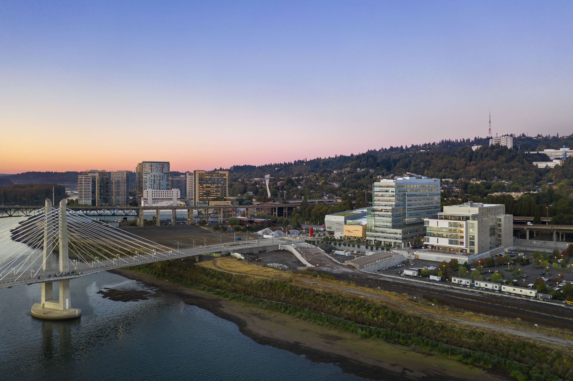 OHSU Knight Cancer Research Center by SRG Partnership photographed by Brad Feinknopf based in Columbus, Ohio