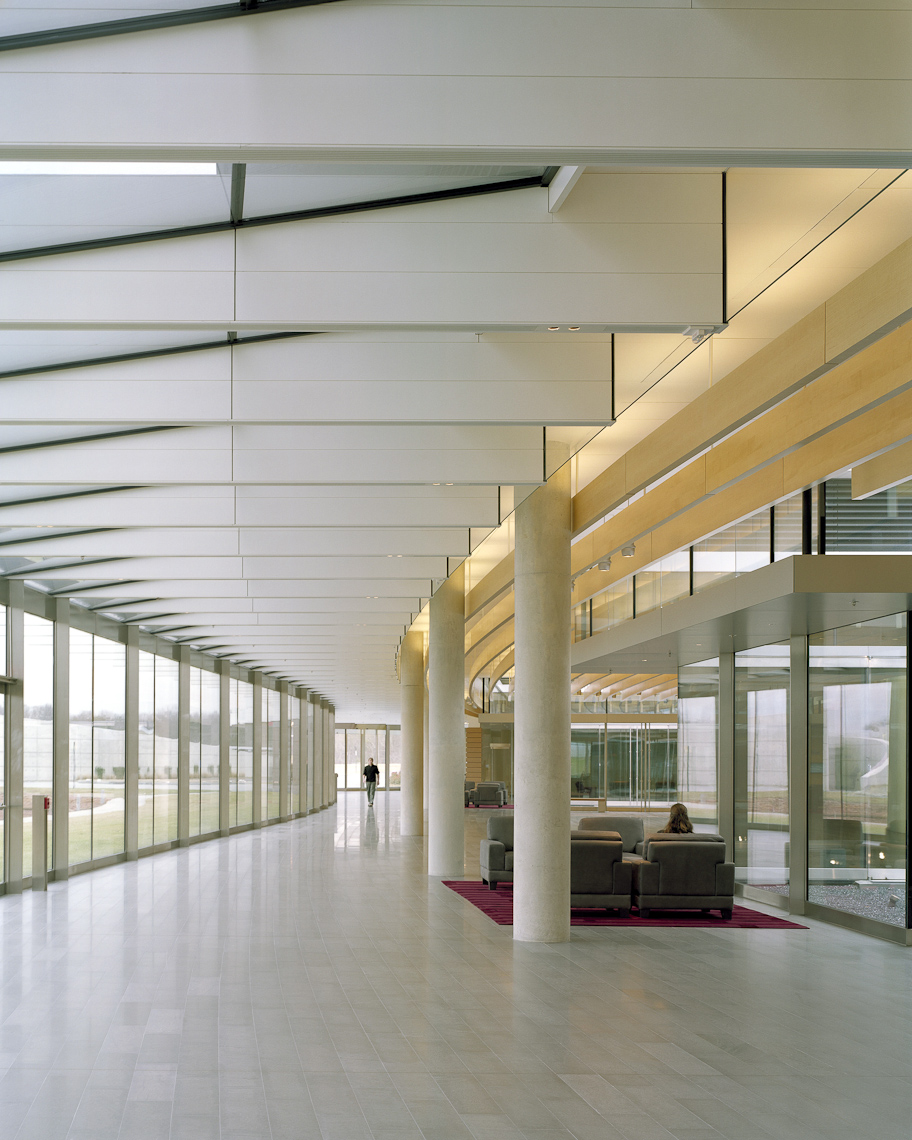 Howard Hughes Medical Institute Janelia Farms Campus by Rafael Vinoly Architects