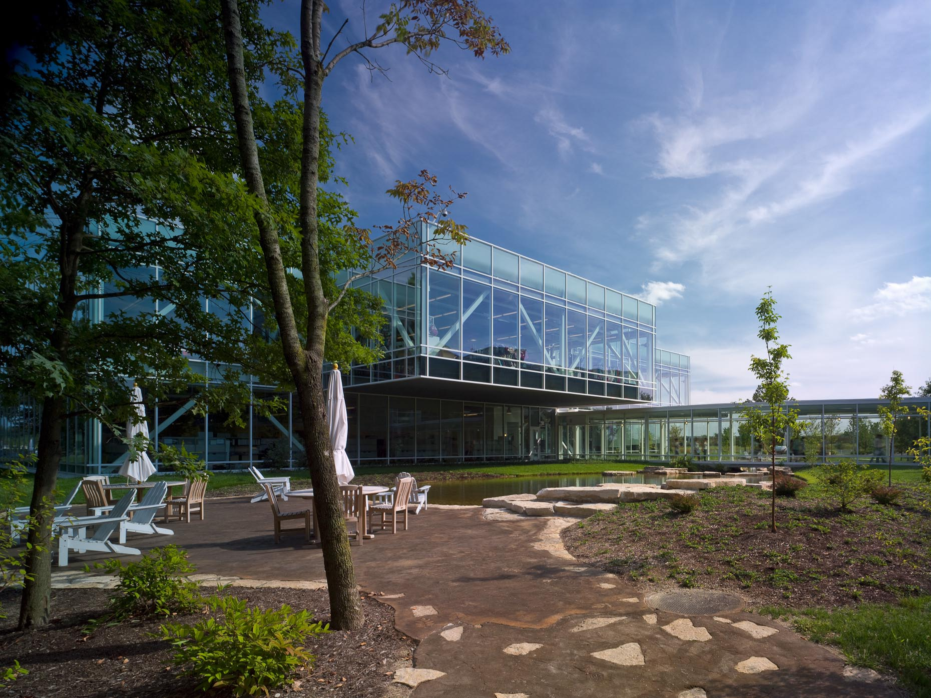 Tween Brands Corporate Headquarters by Acock Associates Architects Photographed by Brad Feinknopf based in Columbus, Ohio