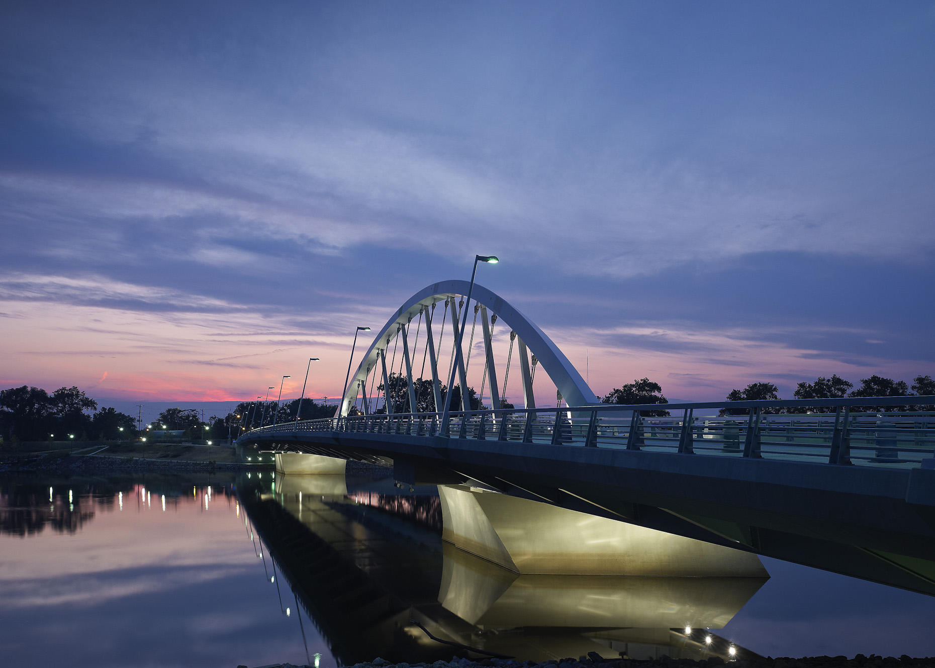 Columbus Ohio Main Street Bridge by HNTB photographed by Brad Feinknopf based in Columbus, Ohio