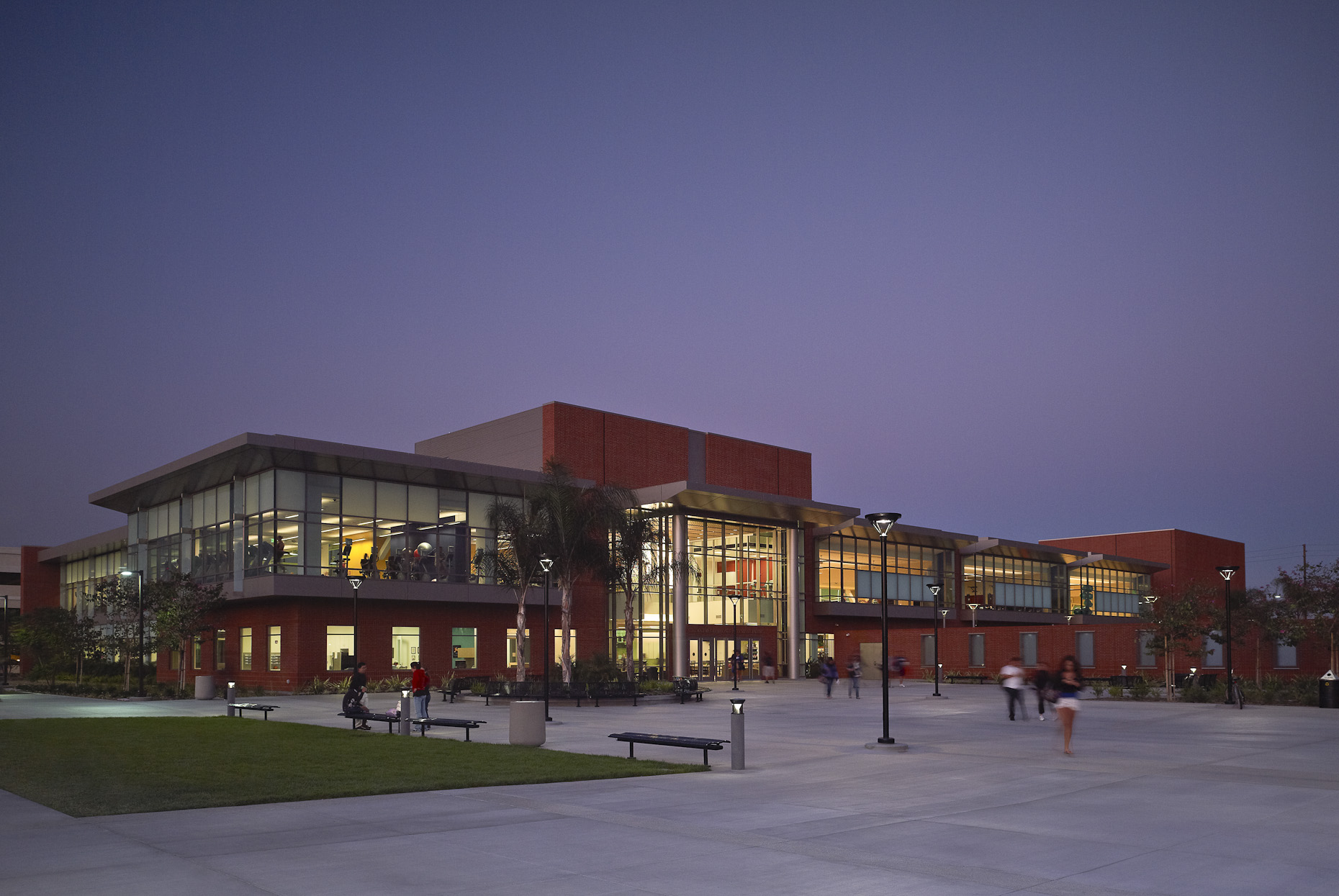 Cal State Long Beach Recreation & Wellness Center by Cannon Design photographed by Brad Feinknopf based in Columbus, Ohio