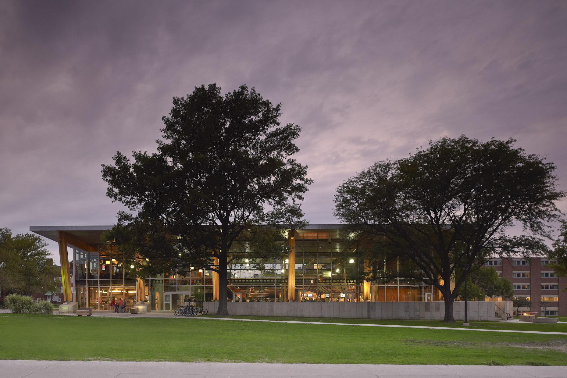 The Oaks at Bowling Green State University by WD Partners Photographed by Brad Feinknopf based in Columbus, Ohio