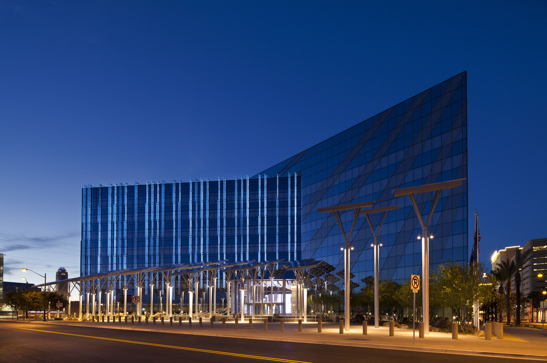 Las Vegas City Hall by Elkus Manfredi Architects