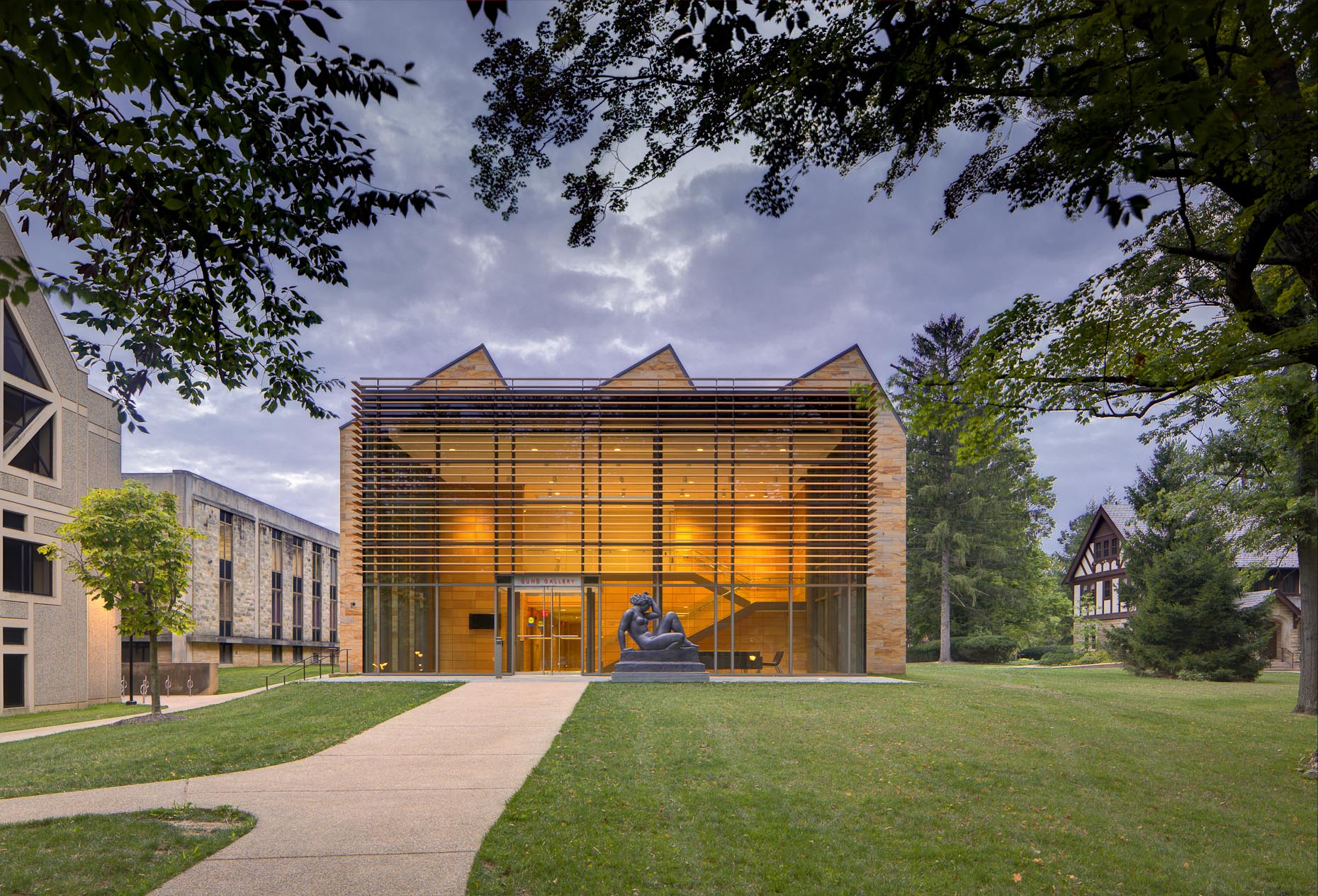 Gund Gallery at Kenyon College by Gund Partnership photographed by Brad Feinknopf based in Columbus, Ohio
