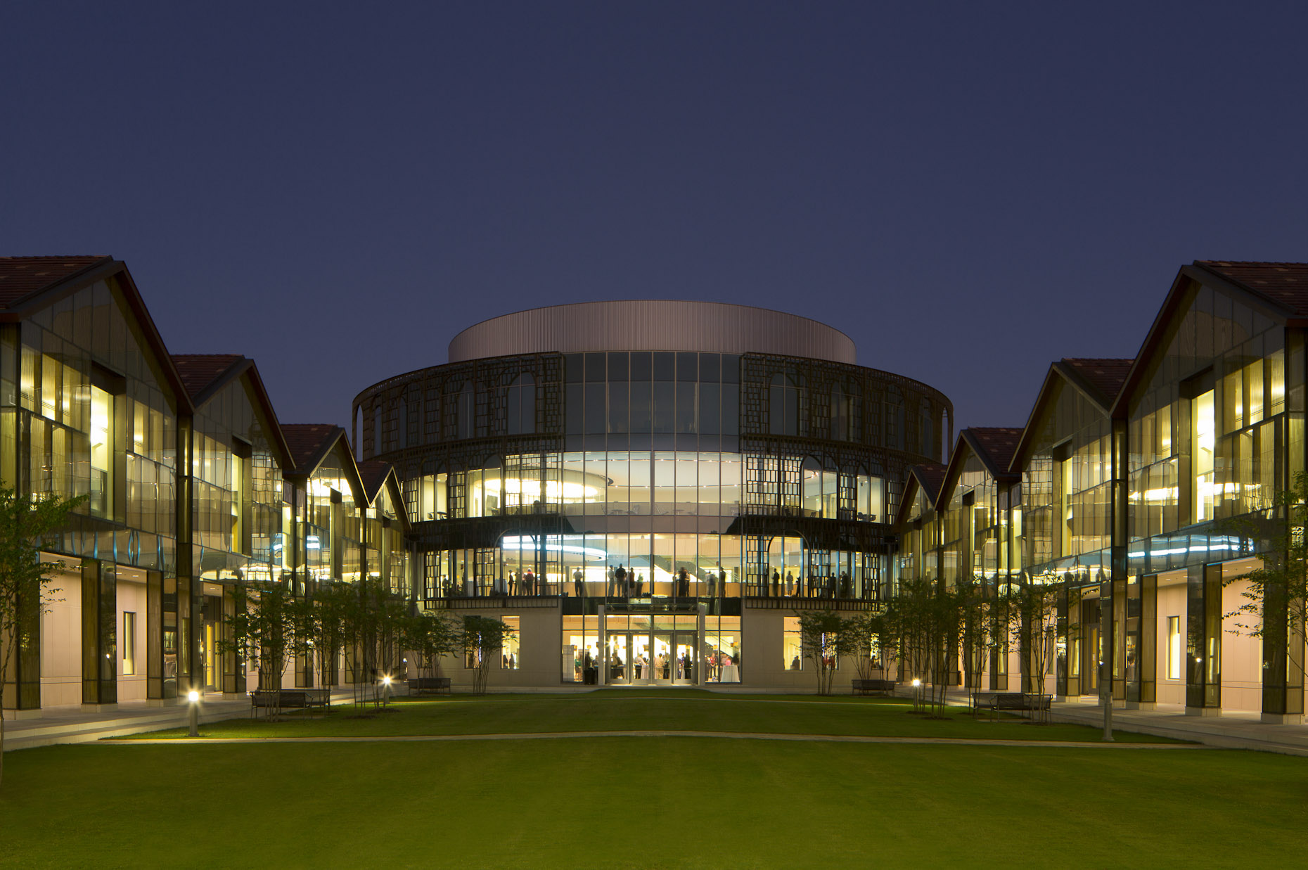 Ej Ourso College of Business at Louisiana State University by Ikon.5 Architects