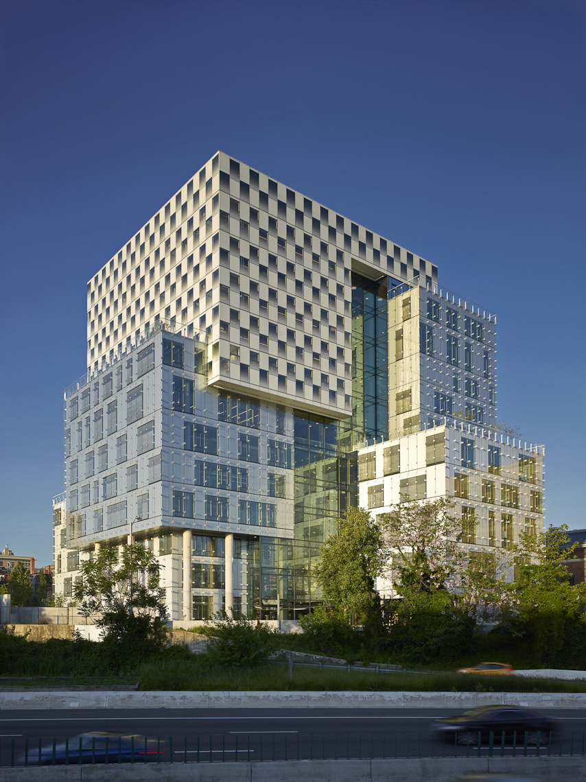 John & Frances Angelos Law Center at the University of Baltimore by Behnisch Architekten & Ayers/Saint/Gross