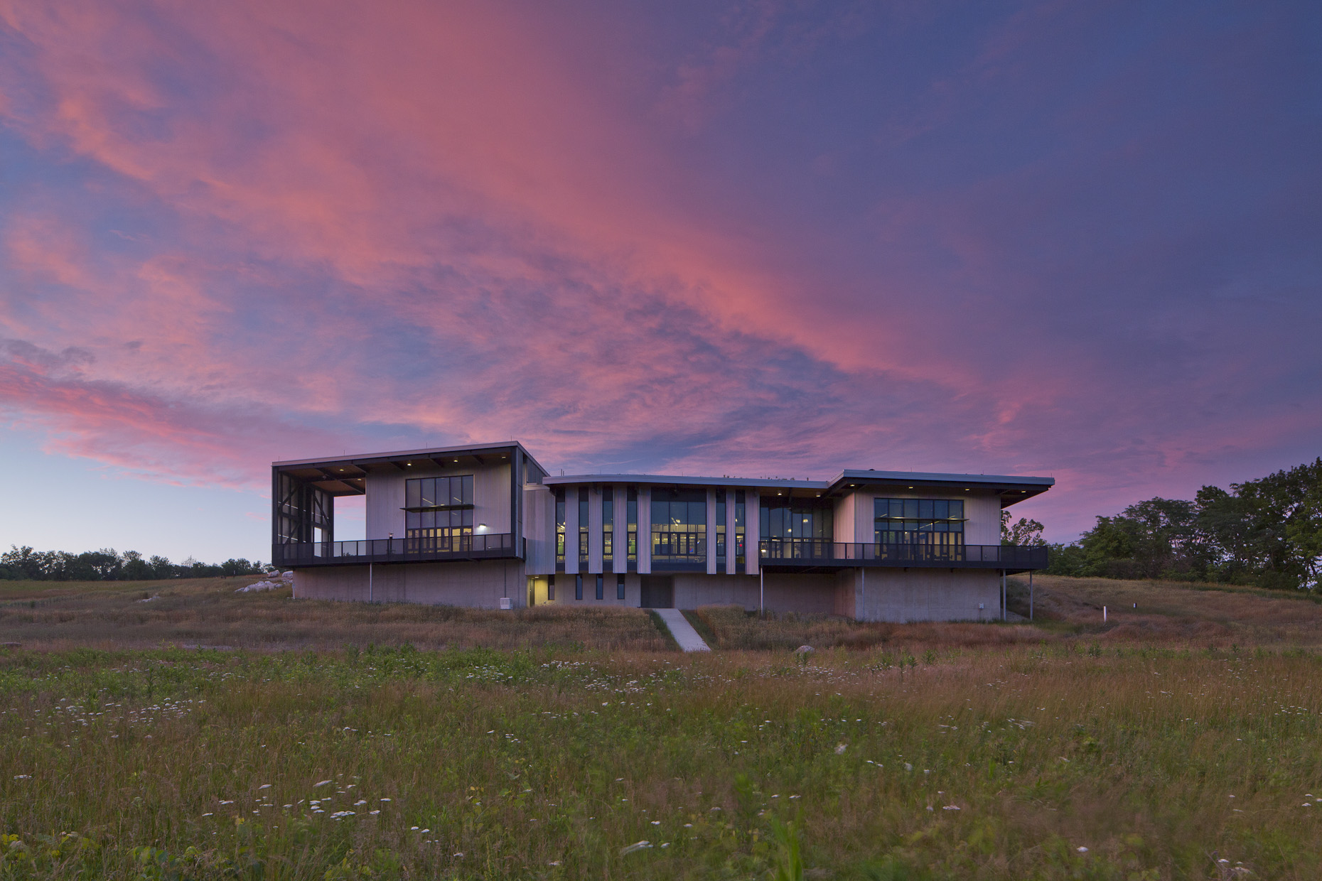 Battelle-Darby Creek Metro Park Nature Center by DesignGroup