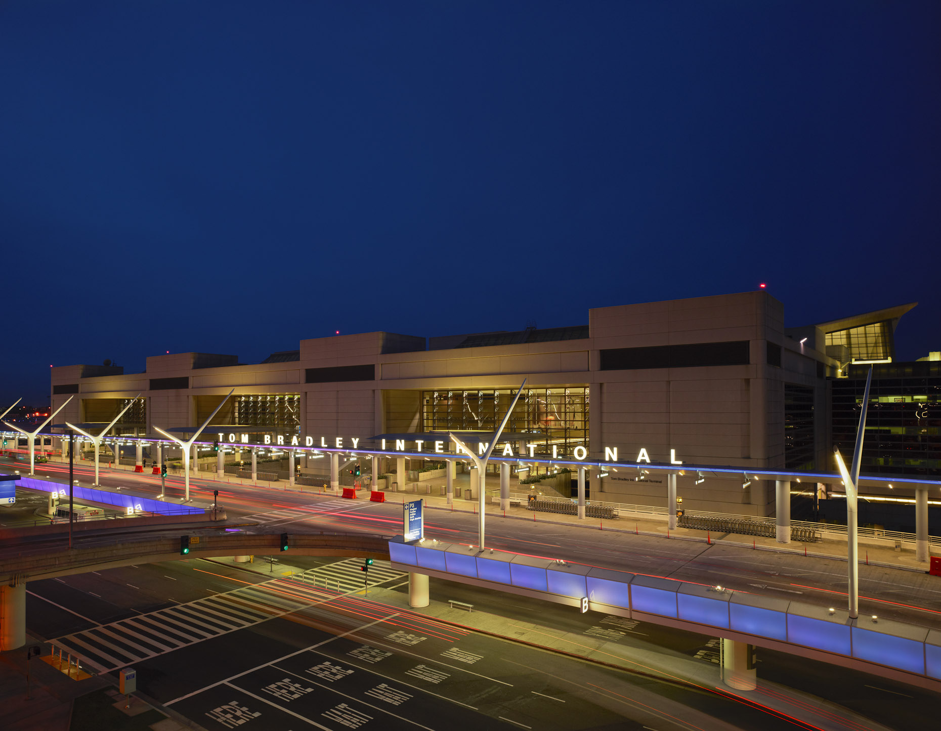 LAX TBIT by HNTB photographed by Brad Feinknopf based in Columbus, Ohio