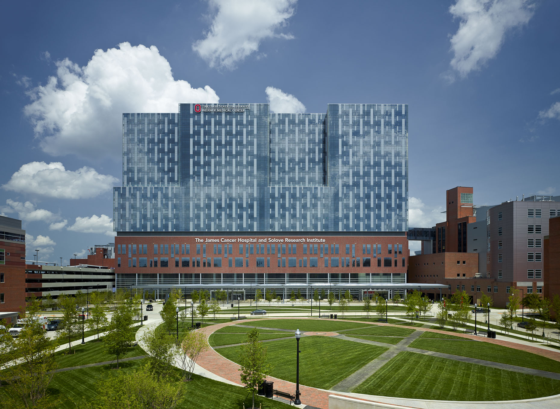 OSUWMC James Cancer Hospital & Solove Research Institute by HOK & Moody Nolan photographed by Brad Feinknopf based in Columbus, Ohio