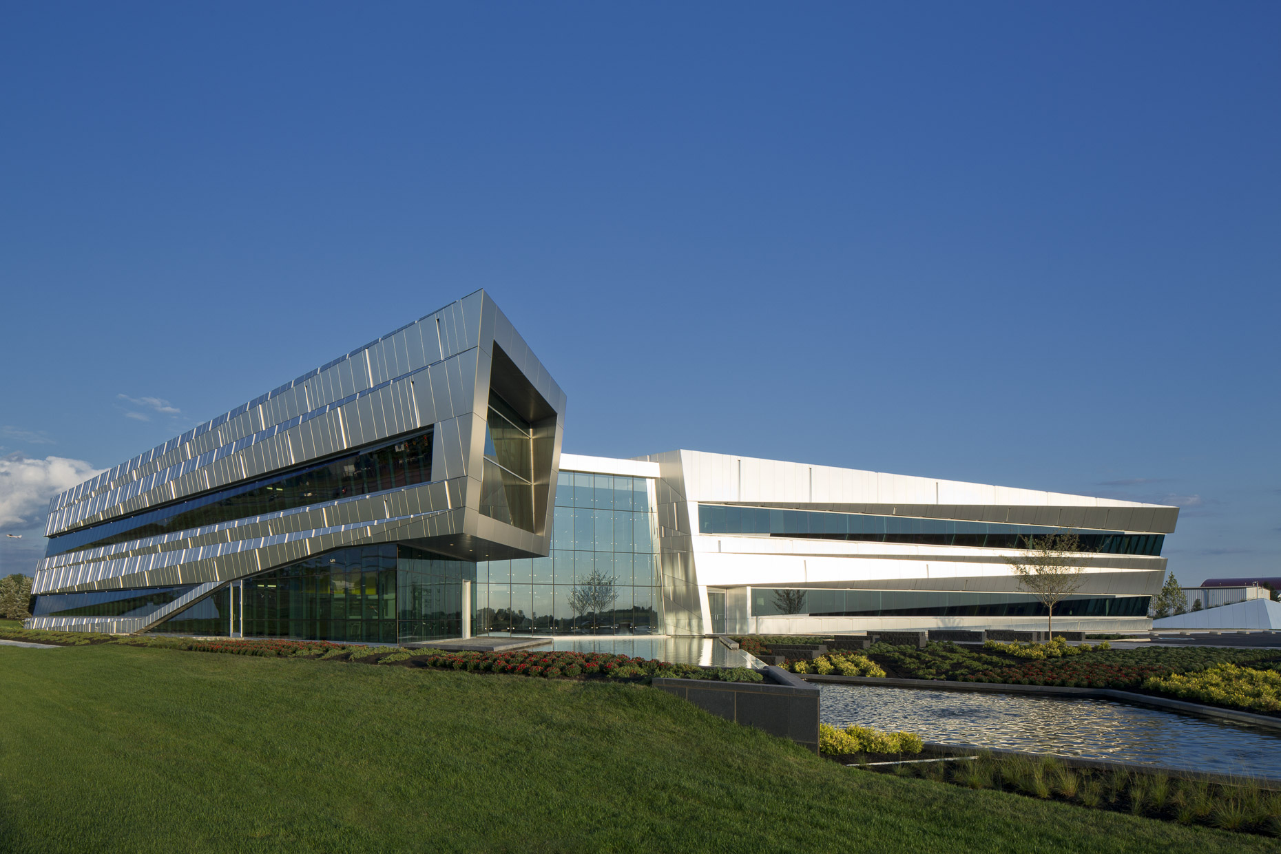 The Connor Group Corporate HQ by Moody Nolan Photographed by Brad Feinknopf based in Columbus, Ohio