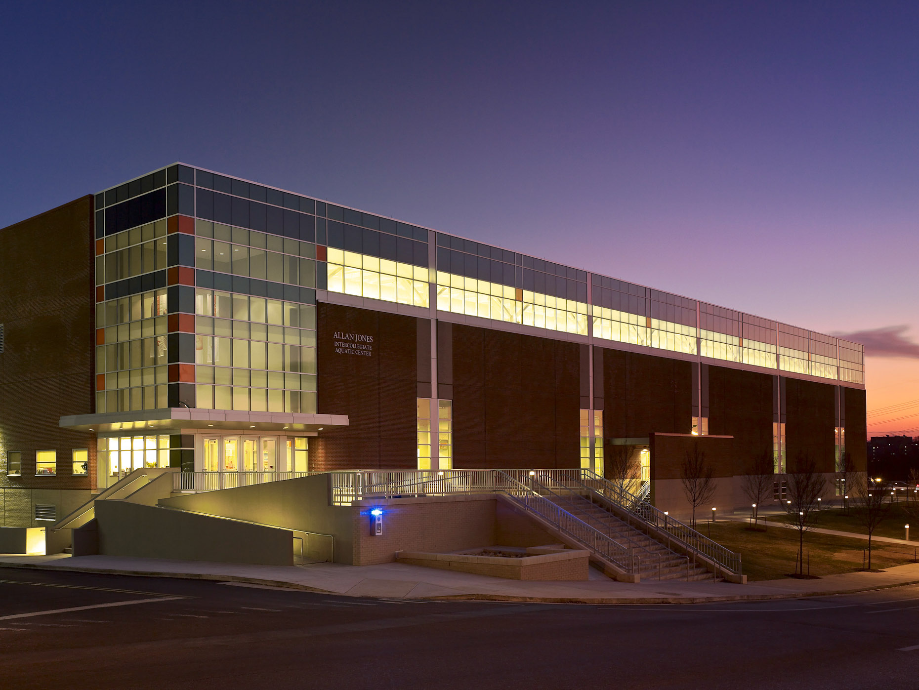 Allan Jones Intercollegiate Aquatic Center at the University of Tennessee by HNTB