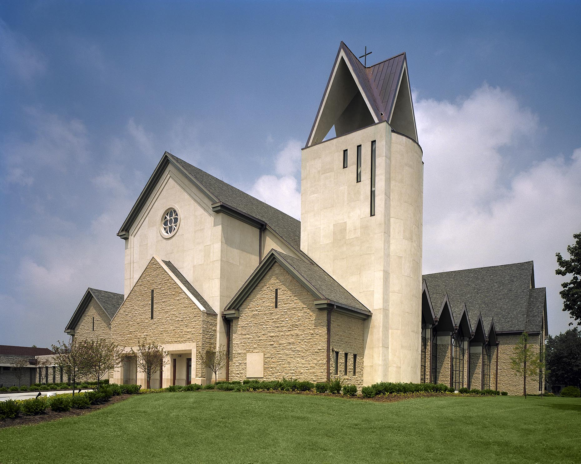 St. Andrews Church by Feinknopf Macioce Schappa Architects Photographed by Brad Feinknopf based in Columbus, Ohio