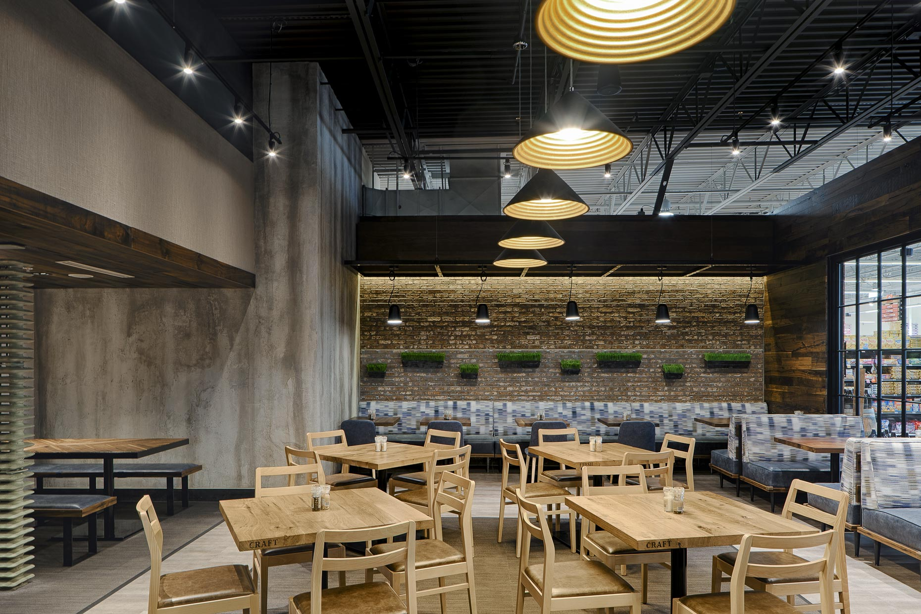 The Table at Giant Eage Market District Express by Continental Building Company photographed by Lauren K Davis based in Columbus, Ohio