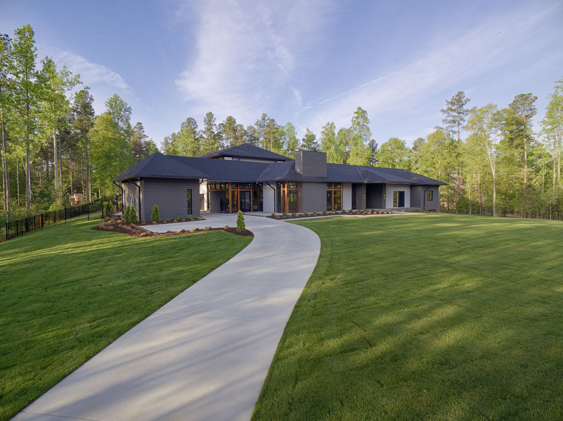 Lake Wylie Private Residence by Studio MM Photographed by Lauren K Davis & Brad Feinknopf